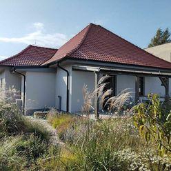 Prenájom Rodinný dom v Nových Sadoch s terasou