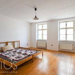 ŽUPNÉ NÁMESTIE, 3-i byt, 90 m2 – v úplnom CENTRE STARÉHO MESTA