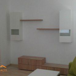 PREDAJ 1- 2 izbového bytu blízko centra v Poprade