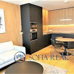 Moderný, kvalitne zariadený 2-izbový byt v projekte SKY PARK, parking, Staré Mesto