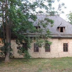 Directreal ponúka Na predaj horná kúria Ordódyovcov postavená pred r. 1730, po kompletnej rekonštruk