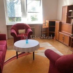 REZERVOVANÉ predaj TEHLOVÝ 2 izb. byt s výťahom na ul. Trieda SNP -B.B