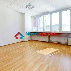 Na prenájom kancelária  Banská Bystrica 29 m2