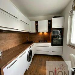 PREDAJ: 3i kompletne, nadštandardne zrekonštruovaný byt v TOP lokalite