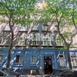 Štýlový 2i byt, REKONŠTRUKCIA, CENTRUM, Bukurešťská ulica, Staré Mesto