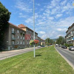 Kúpa: 2-3 izbový byt, Staré Sídlisko, Prievidza