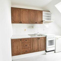 VIDEO: Nezariadený 2-izbový byt s balkónom na Čermáni v Nitre