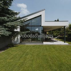 SVOBODA & WILLIAMS I 5-izbový dom s bazénom, Jarovce