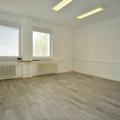 Na prenájom - administratívny priestor o výmere 25,44 m2 v Stupave