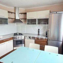 Predaj slnečného 3i bytu po kompletnej rekonštrukcii, BB, 72,12 m2