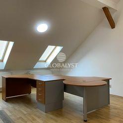 Kancelárie s výmerou 50 m2 v centre mesta na Kováčskej