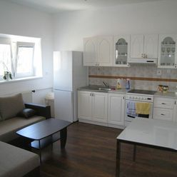 Prenájom: 3 - izbový byt v centre mesta Martin.