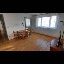 Prenájom 2-izbového bytu pri Horskom parku