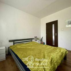 Na predaj 3-izbový byt po kompletnej rekonštrukcii vo výbornej  lokalite v Nových Zámkoch