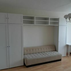 Dáme do prenájmu 1 izbu v 2 izbovom byte v Bratislave Dúbravke - Galbavého ulica
