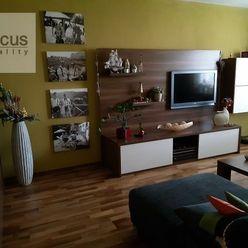 Na predaj  prerobený pekný takmer zariadený 4 izb.byt vo väčšej výmere