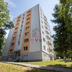 --REZERVOVANÉ-- Na predaj 3 izbový byt, 68m2, Pod Hájom, Dubnica nad Váhom