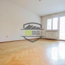Rezervované - REZERVOVANE: Veľký 3-izbový byt na Hlinách, LOGGIA, SUPER DOSTUPNOSŤ