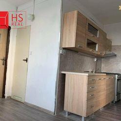Prenájom 3 izb.bytu s balkónom na SNP v NZ