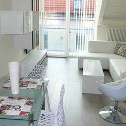 ***HOMreal Vám ponúka krásny 2 izb. byt v centre mesta na Ul. Hornopotočná***