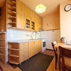 ''RESERVÉ'' Obľúbený 2-izb. TEHLOVÝ byt (55 m2) / Mudroňova ul. / Košice - JUH