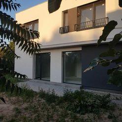 Ponúkame na predaj 3 izbovú NOVOSTAVBU rodinného domu v Ivanke pri Dunaji.