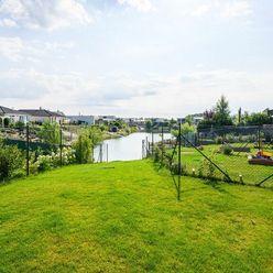 Atraktívne bývanie neďaleko golfového areálu v Hubej Borši
