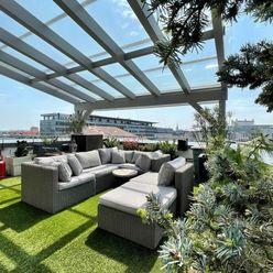 LEXXUS-PRENÁJOM Luxusný 4 izbový penthouse pri prezidentskom paláci