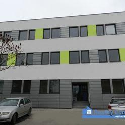 NA PRENÁJOM, kancelárske priestory 26,4 m2 - Legionárska ul., Trenčín