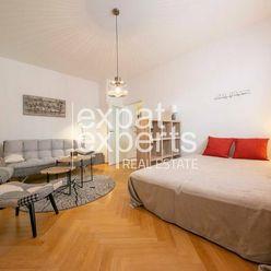 Dizajnový 1i byt, 36 m2, zariadený, v srdci Starého Mesta