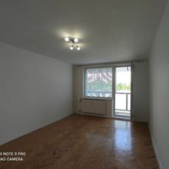 SIMI real -   veľký 2 izbový byt s balkónom