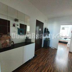 MODERNÁ REKONŠTRUKCIA! 3 izbový byt na Klokočine s úžasným výhľadom na okolie!