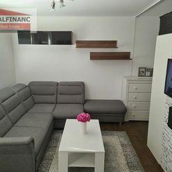 REALFINANC - EXKLUZÍVNE IBA U NÁS ZA SUPER CENU !!! 1 izbový byt o výmere 30 m2, rekonštrukcia, ulic