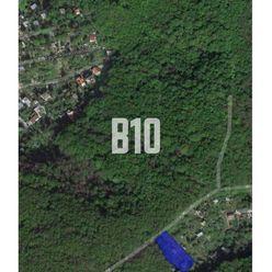 DÚBRAVKA -  pozemok určený na stavbu