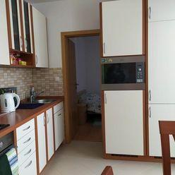 Prenájom 3 izbový byt na začiatku Petržalky