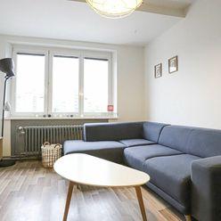 HERRYS - Na prenájom priestranný kompletne zariadený 2 izbový byt priamo v centre mesta