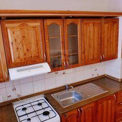 Directreal ponúka Ponúkam na dlhodobý prenájom 3-izbový byt
