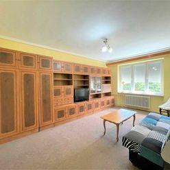 2izb. byt 61 m2 s vlastnou garážou vo výbornej lokalite.
