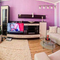 Na predaj kompletne prerobený veľkometrážny 3 izbový byt v meste Dunajská Streda.