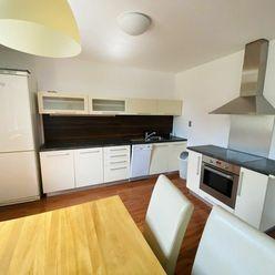 2 - izbový byt Žilina - centrum