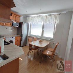 SIMI real –  velký 2 izbový byt s balkónom - prenájom