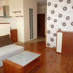 Ponúkame na prenájom 2-izbový byt s parkovaním na Kazanskej ulici, lokalita Bratislava II.-Podunajsk