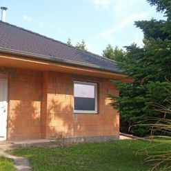 Na predaj hrubá stavba domu v krásnej lokalite Komárno