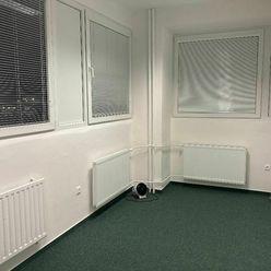 Prenájom dve kancelárie s chodbou 38m2, ul. Polianky, BA IV., Dúbravka.
