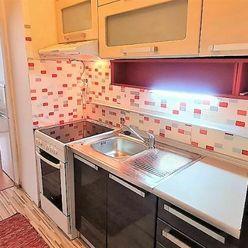 Príjemný byt s loggiou, predaj vrátane zariadenia, Bratislava - Vajnory