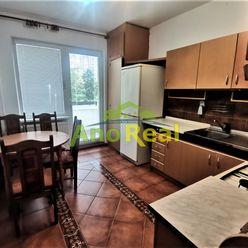 3 izbový byt po rekonštrukcii s loggiou, Žilina -Solinky,70 m2