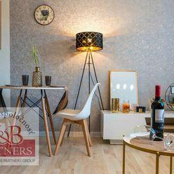 Ponúkame Vám na predaj zariadený 1i byt v blízkosti centra v Trenčíne.