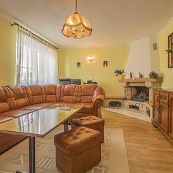 7-izbový dvojgeneračný rodinný dom, Plavecký Štvrtok, pozemok 946 m2