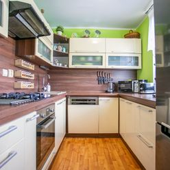 Na predaj kompletne zrekonštruovaný 4 - izbový byt
