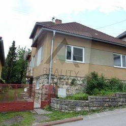 Rodinný dom v pôvodnom stave v kúpeľnej obci Lúčky